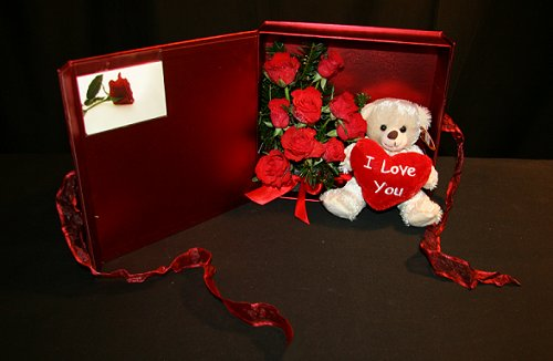 Valentines Keepsake Box, click here for larger image