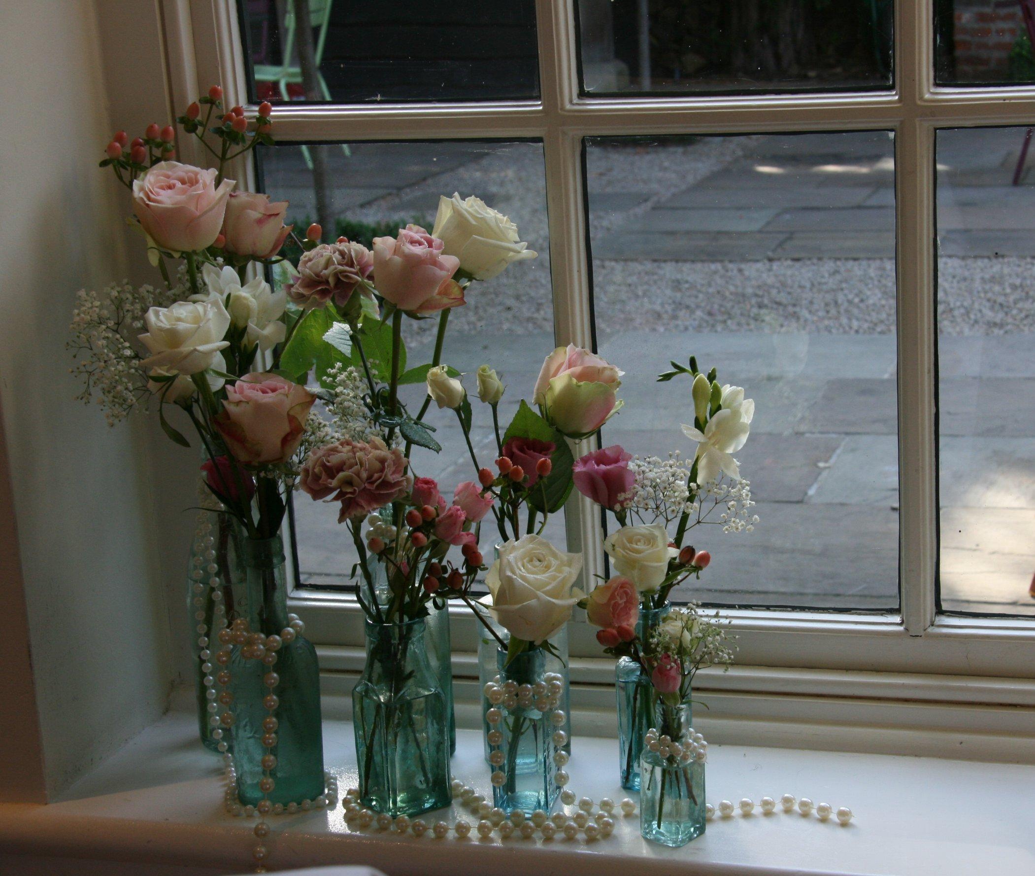 Vintage Wedding flowers, The Old Bridge, Huntingdon