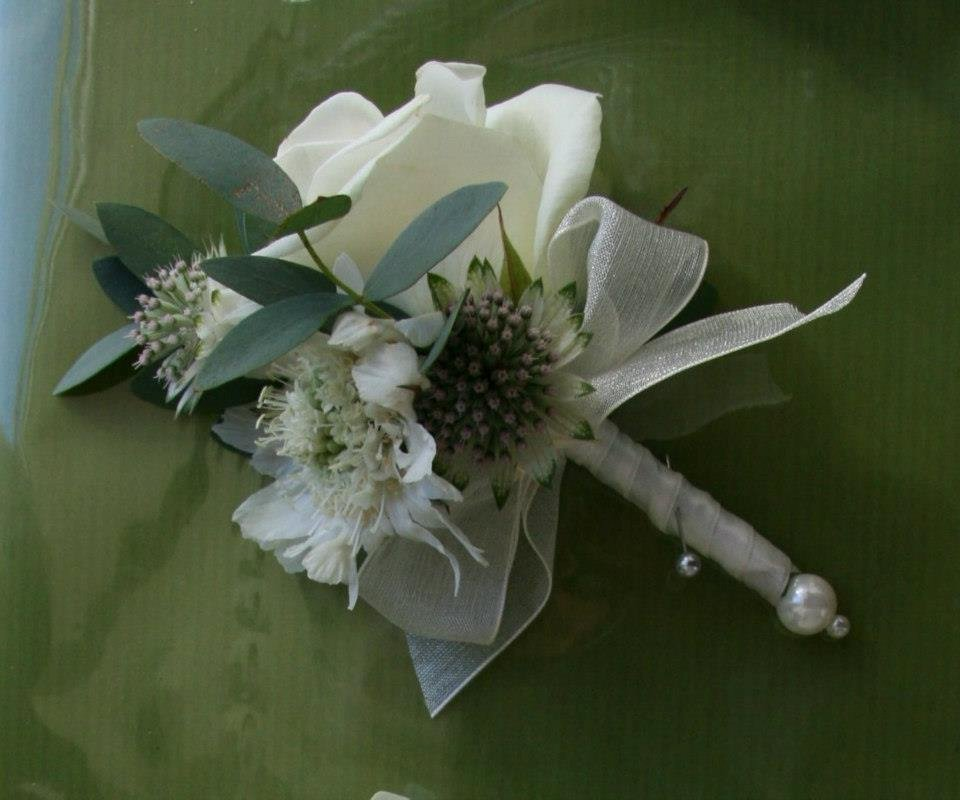 Ladies wedding corsage